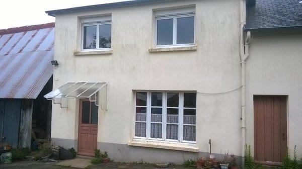 avant-après façade Selmire agencement intervient en Normandie, notamment à Flers, Argentan, Falaise, Caen, Cherbourg